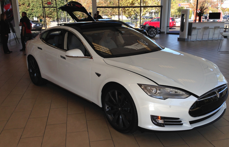 Tesla Model S at the dealership in Palo Alto