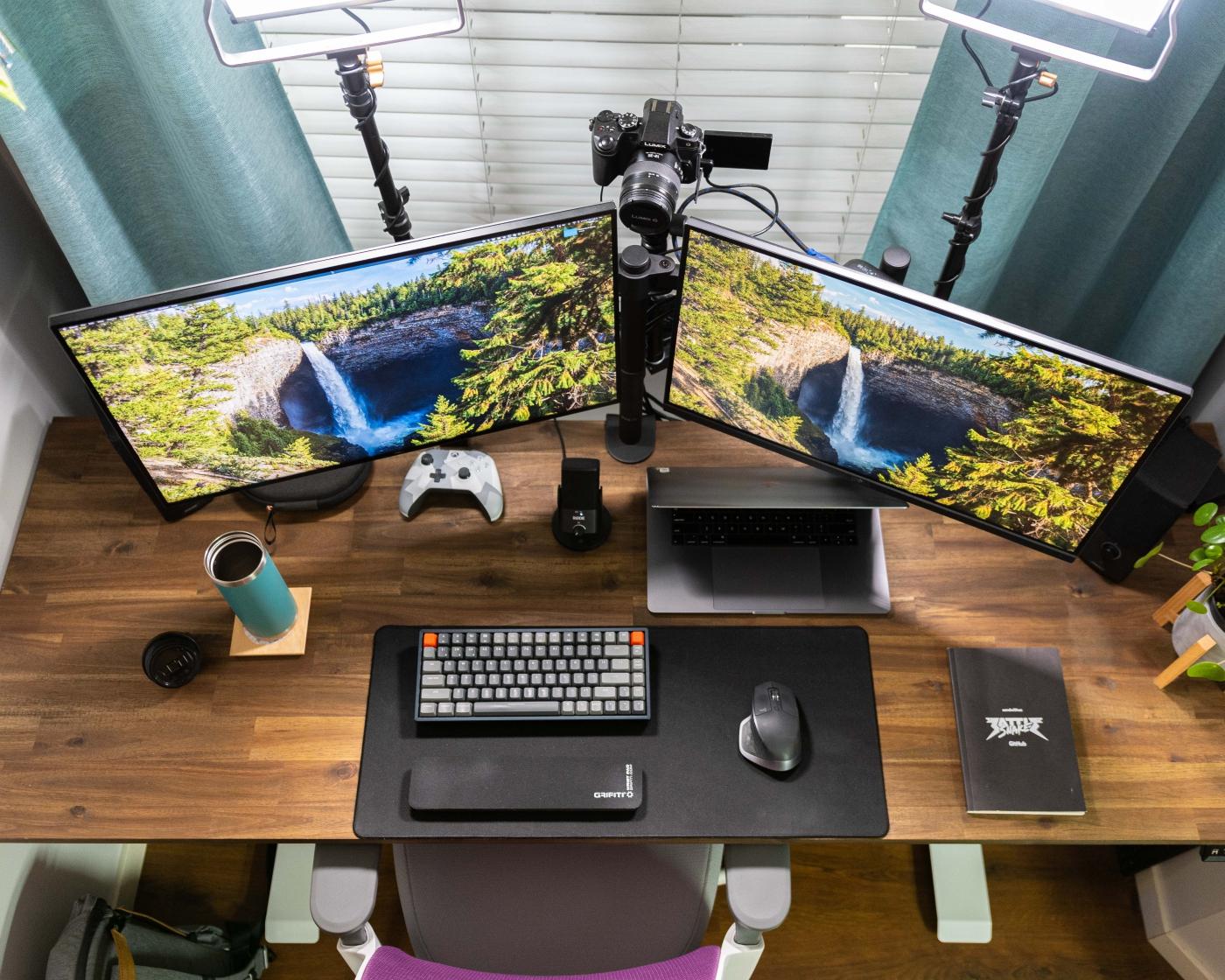 Desk setup overhead ❤️